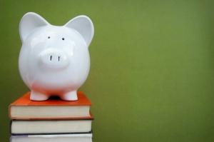 piggy-bank-college-books
